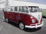 VW Deluxe Bus in original L555 - Titian Red