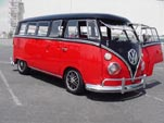 Slammed VW 13 Window Deluxe
