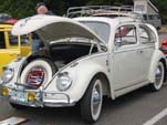 Volkswagen Bug in original color: L87 - Pearl White