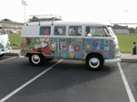 Vintage Volkswagen microbus hs awesome Woodstock graphics