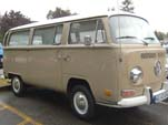 VW Bay Window Bus in original L620 - Savannah Beige