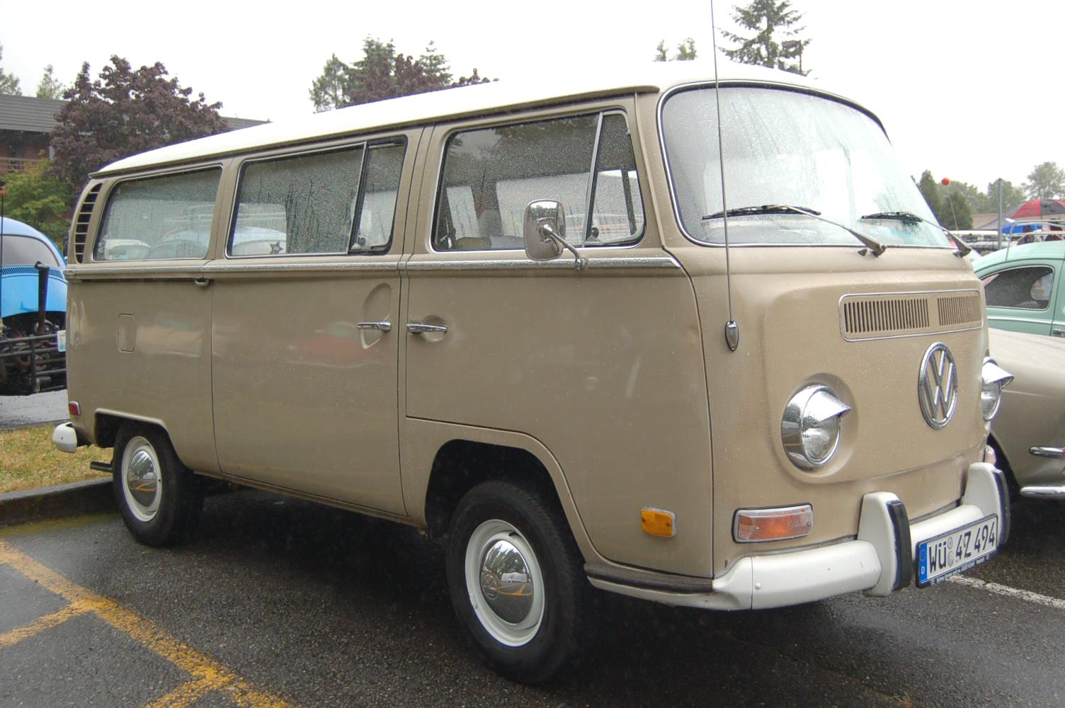 Vw Bay Window Bus In Original L620 Savannah Beige