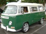 VW Westy Bay Window Bus in original L60D - Elm Green