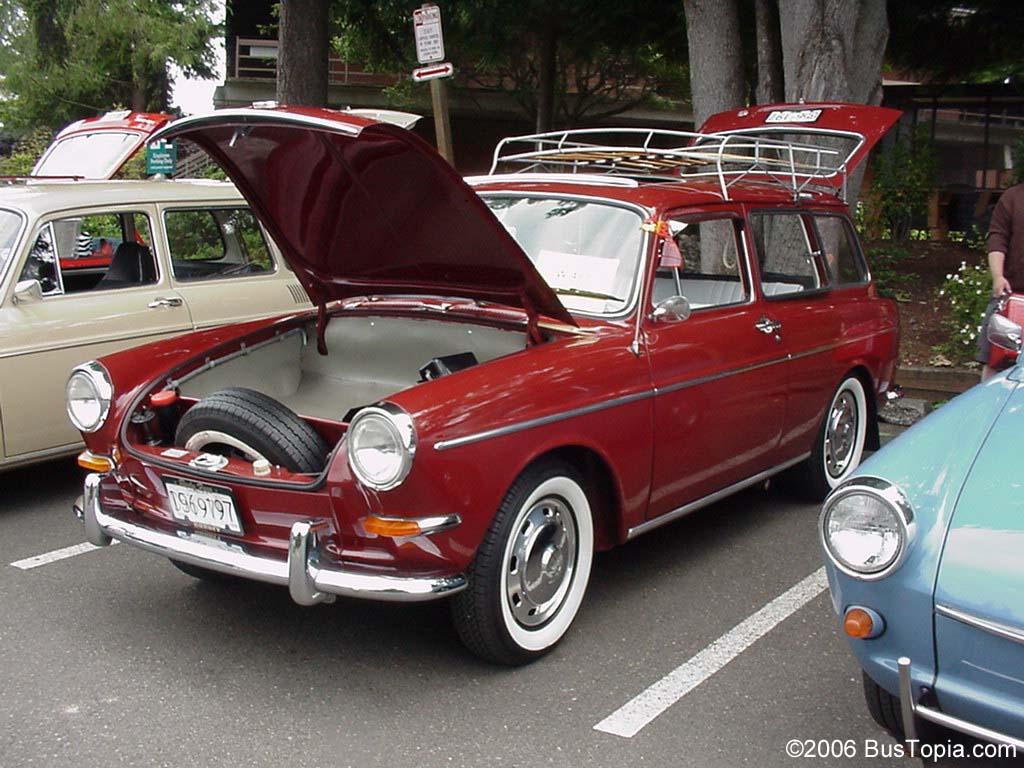 Vintage Volkswagen Squareback Wagons, from Bustopia com